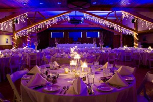 Bucks T-4 Lodge - Montana Wedding Center :: Specialists in hosting Big Sky wedding parties, receptions and rehearsal dinners for up to 200 guests. Click to see our menus, virtual tours, special bridal services & rates.