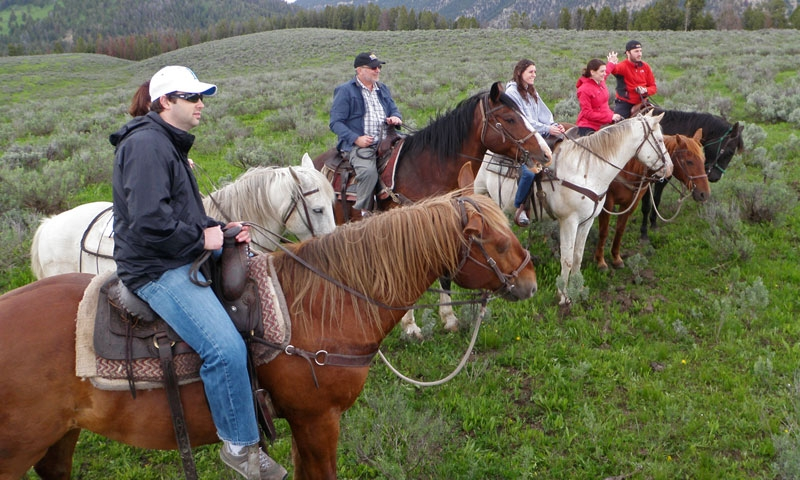 Horseback Riding at 320 Ranch near Gallatin Gateway