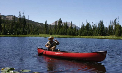 Canoeing near Moonlight Basin in Big Sky